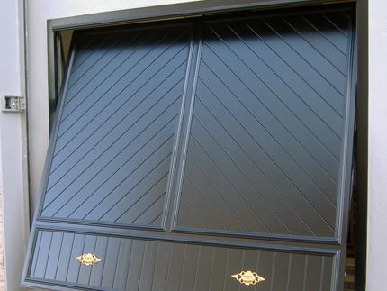 Puerta de aluminio Basculantes