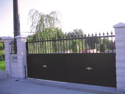 Puerta de aluminio Corredera