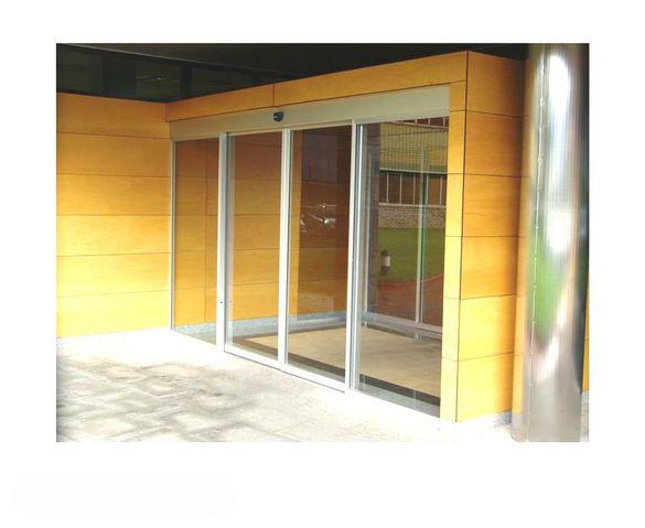 Puerta de cristal Compact