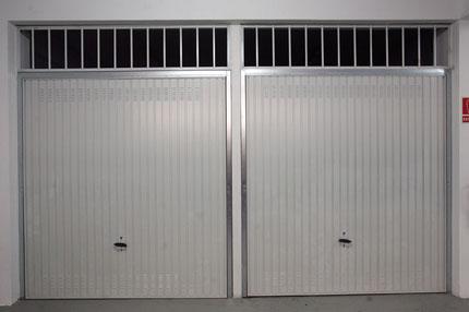 Puerta doméstica Basculante de muelle